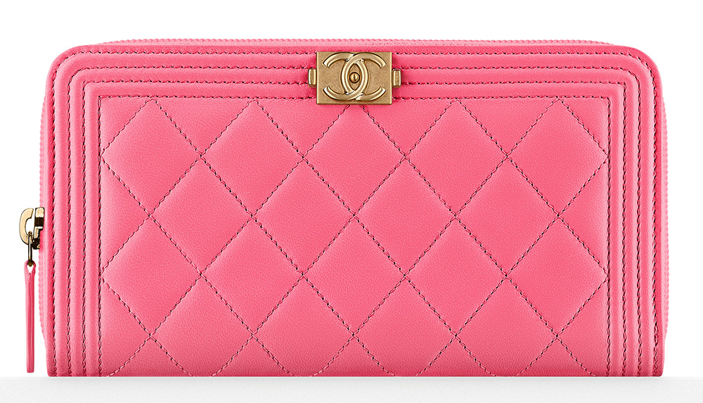 chanel-boy-zip-wallet-pink-1125