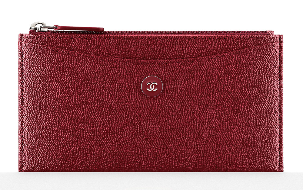 chanel-zipped-pouch-burgundy-475
