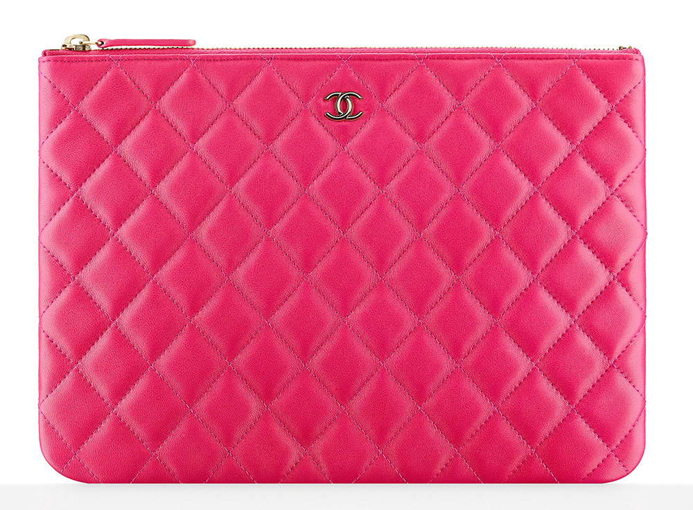 chanel-zipped-pouch-pink-1000