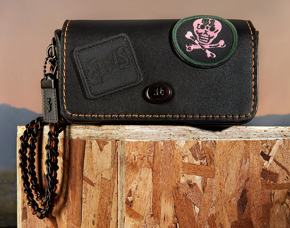 coach-dinky15-with-embellished-elvis-patch-black