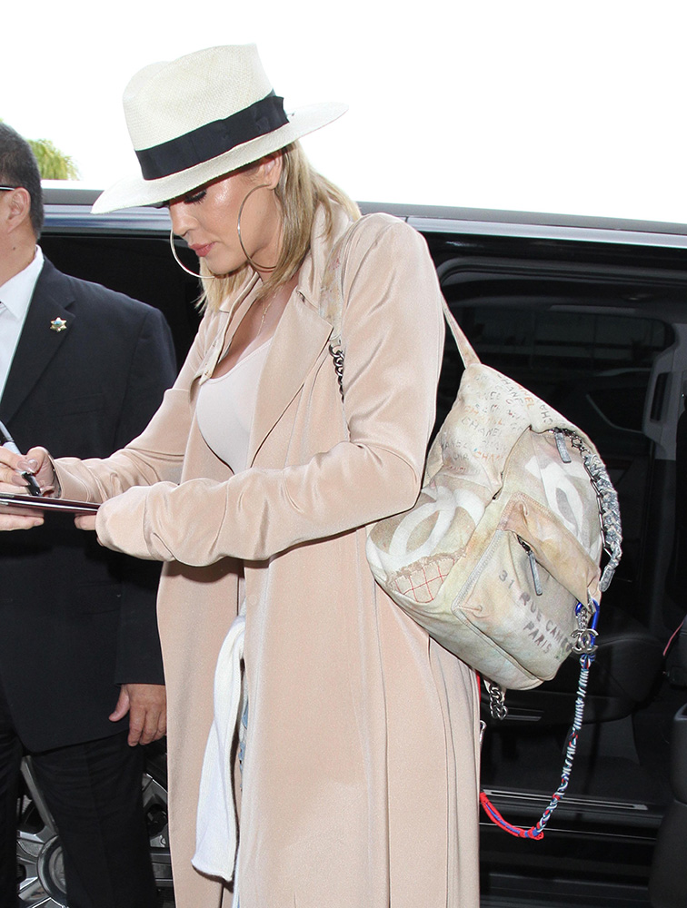 khloe-kardashian-chanel-graffiti-backpack