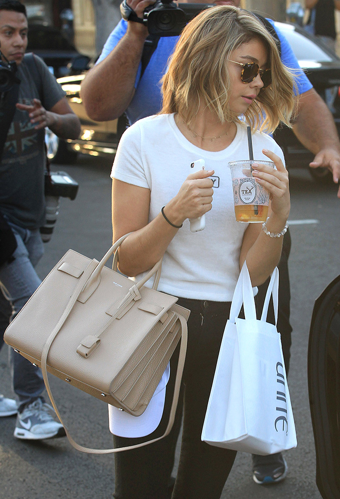 sarah-hyland-saint-laurent-sac-de-jour-bag