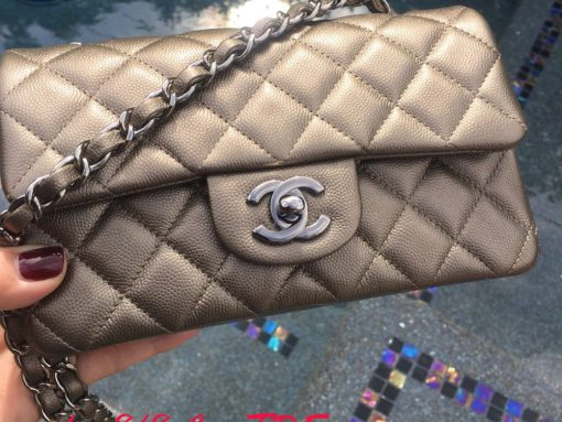 chanel-mini-classic-flap-bag
