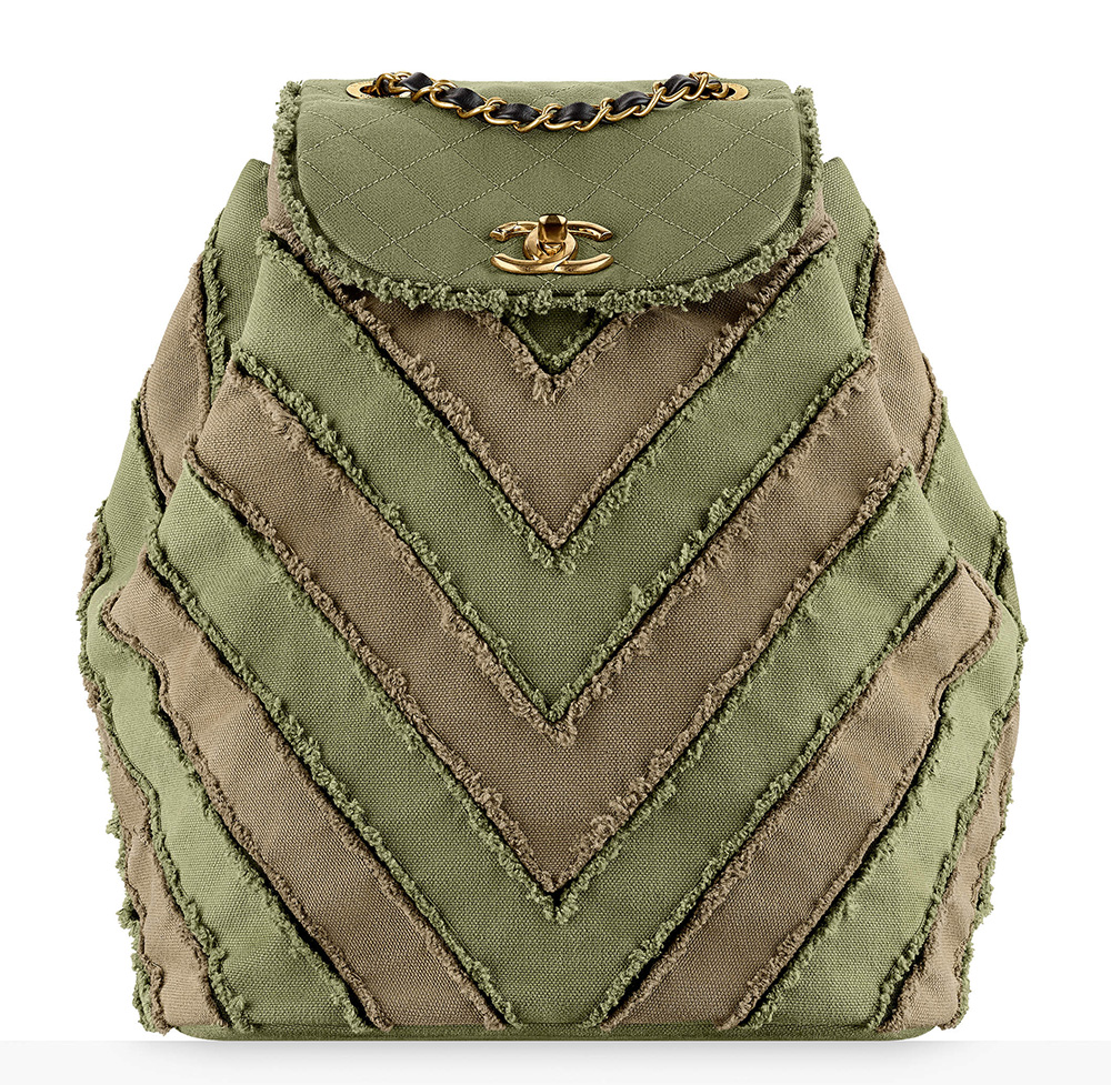 chanel-canvas-patchwork-backpack-3300