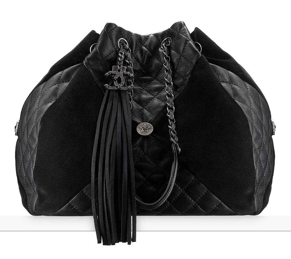 chanel-drawstring-bag-black-4300