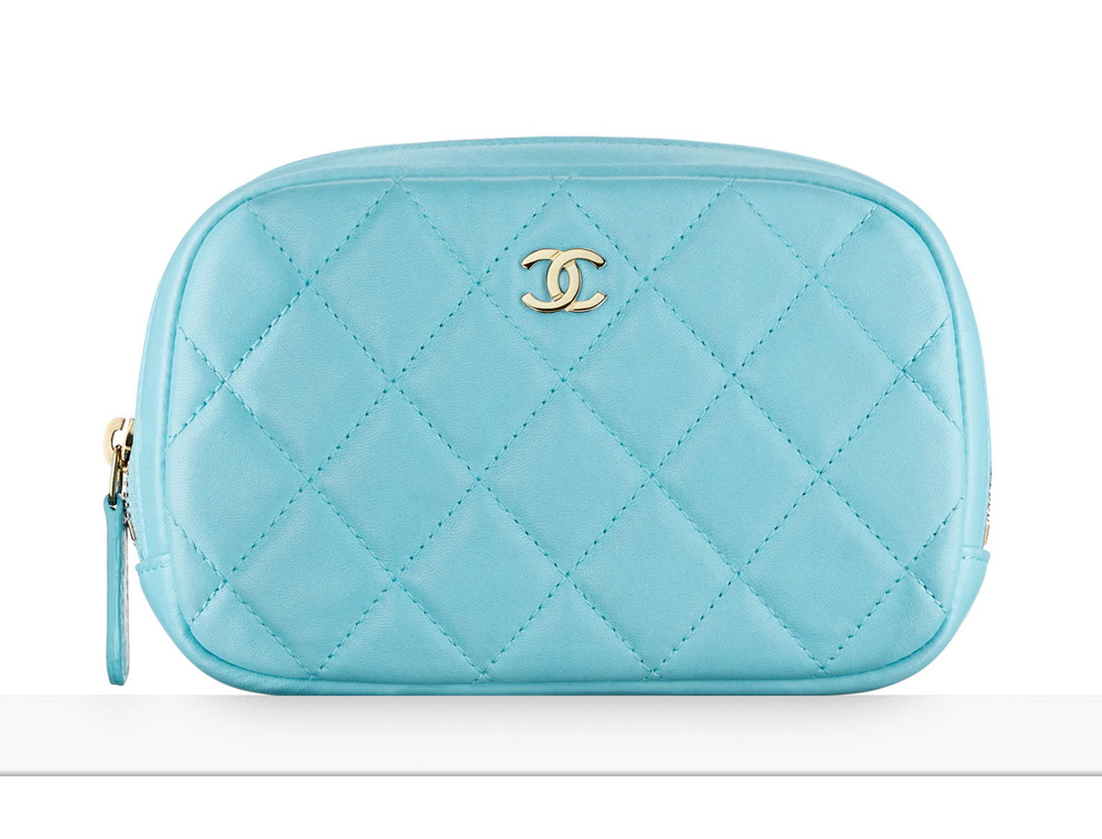 chanel-pouch-blue-625