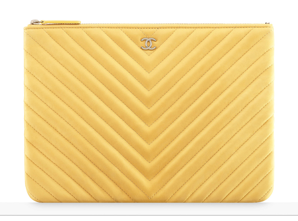 chanel-pouch-yellow-1000