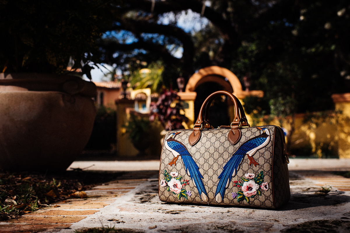Gucci Exclusive GG Supreme top hand bag with embroideries