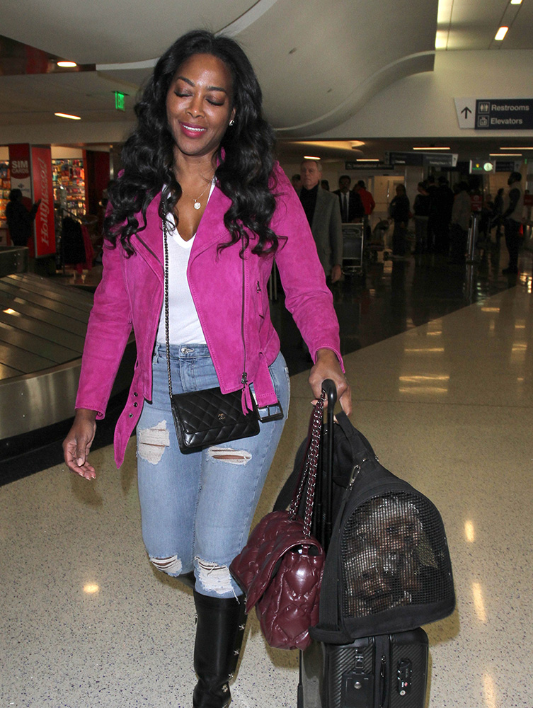 kenya-moore-chanel-wallet-on-chain-and-flap-bag
