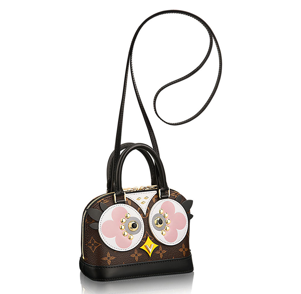 The ultimate bag guide the louis vuitton alma bag for Louis vuitton miroir alma bag price