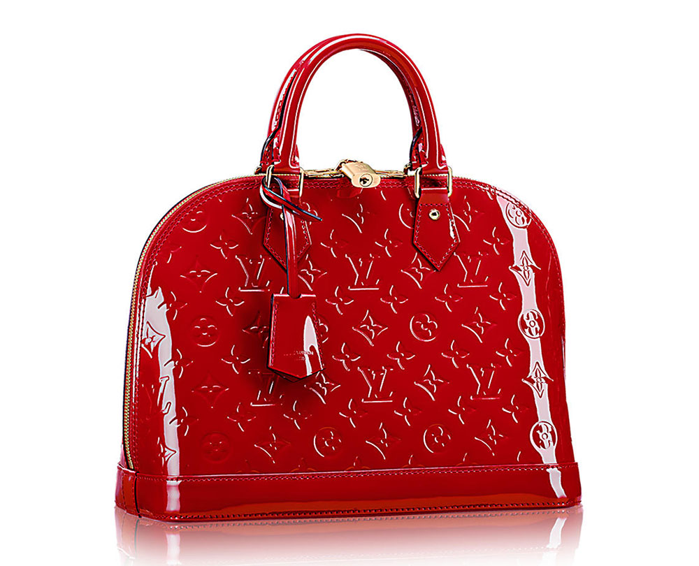 The ultimate bag guide the louis vuitton alma bag purseblog for Louis vuitton miroir alma bag