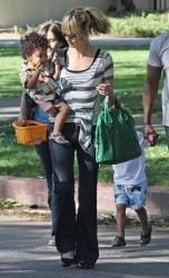 Heidi Klum Givenchy bag3