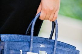 Get the expensive box clutch look at a reasonable price