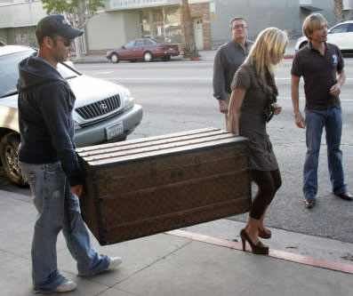Jessica Simpson and Louis Vuitton Crate