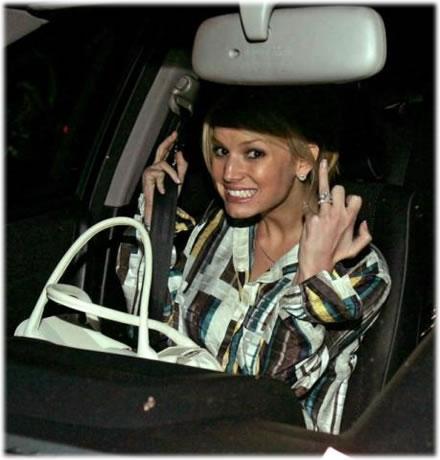 Jessica Simpson Wearing Ring