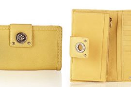 Marc by Marc Jacobs Totally Turnlock Flap Clutch