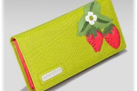 Mother's Day Gift Ideas: Clutches and Wallets