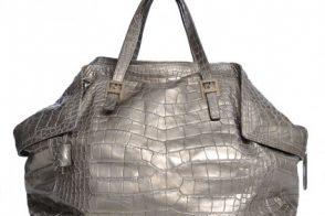 Review: Salvatore Ferragamo Oversized Carlotta Alligator Tote