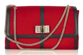 Do you coordinate your bag to your team?