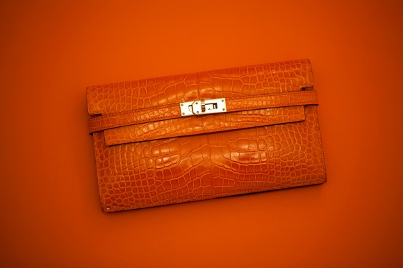 Hermes Kelly Wallet in Orange Alligator - Master Of Disguise
