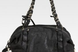 If black is your favorite color, the Be & D Big Spring Satchel is for you