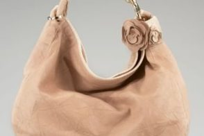 Jimmy Choo gives us the perfect neutral hobo