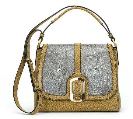 Как отличить брендовую сумку от подделки