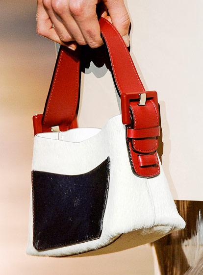 Fashion Week Handbags  Marc Jacobs Spring 2012 - PurseBlog cac61cb4f3