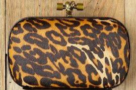 This Leo & Tricia Box Clutch sure does look familiar…