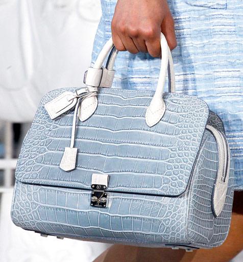 Fashion Week Handbags  Louis Vuitton Spring 2012 - PurseBlog 7dc3cc8535