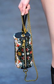 Dolce & Gabbana Fall 2012 Handbags (20)
