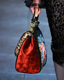 Dolce & Gabbana Fall 2012 Handbags (21)
