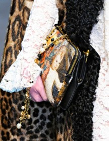 Dolce & Gabbana Fall 2012 Handbags (26)