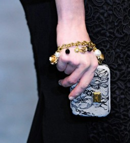 Dolce & Gabbana Fall 2012 Handbags (29)