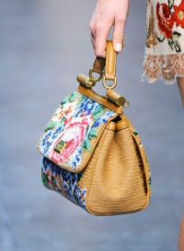 Dolce & Gabbana Fall 2012 Handbags (34)