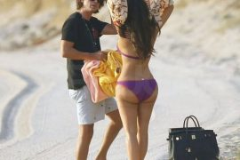 Kim Kardashian used an Hermes Birkin as a beach bag