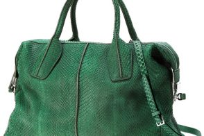 Tods D-Styling Medium Bag in Green Python is enviable