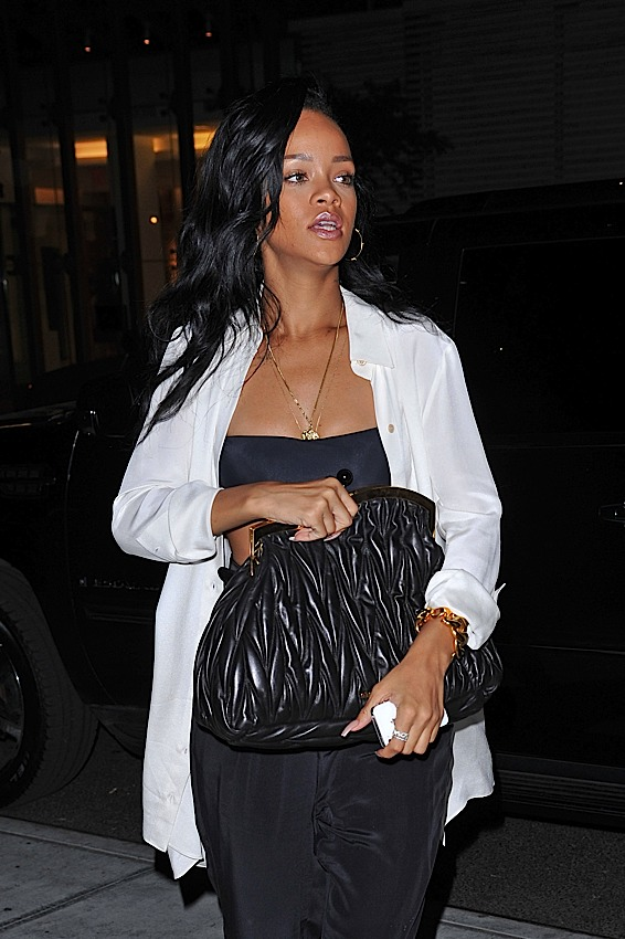 The Many Bags of Rihanna (10)