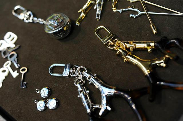 ade910fb Louis Vuitton Spring 2013 Men's Bags and Accessories (9) - PurseBlog