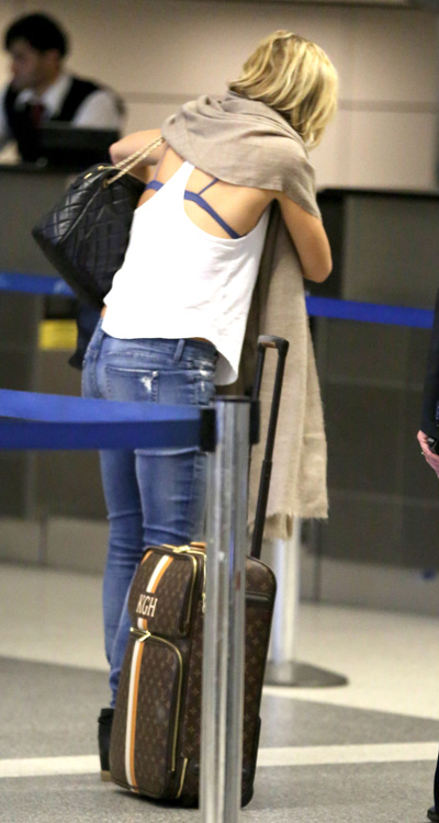 Celebrities and Louis Vuitton Luggage 12