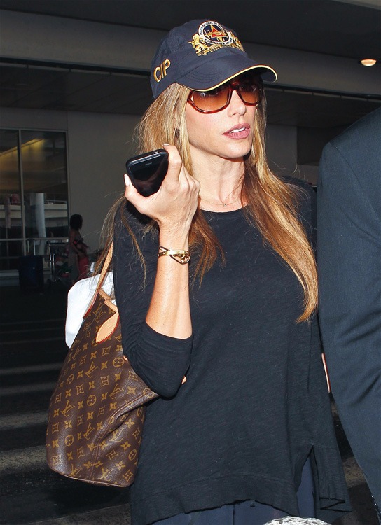 Celebrities and Louis Vuitton Luggage 16