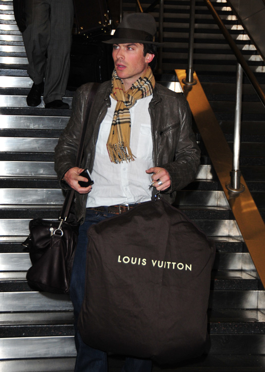 Celebrities and Louis Vuitton Luggage 4