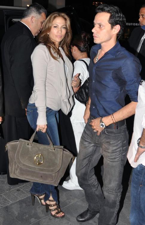 Jennifer Lopez Handbags10