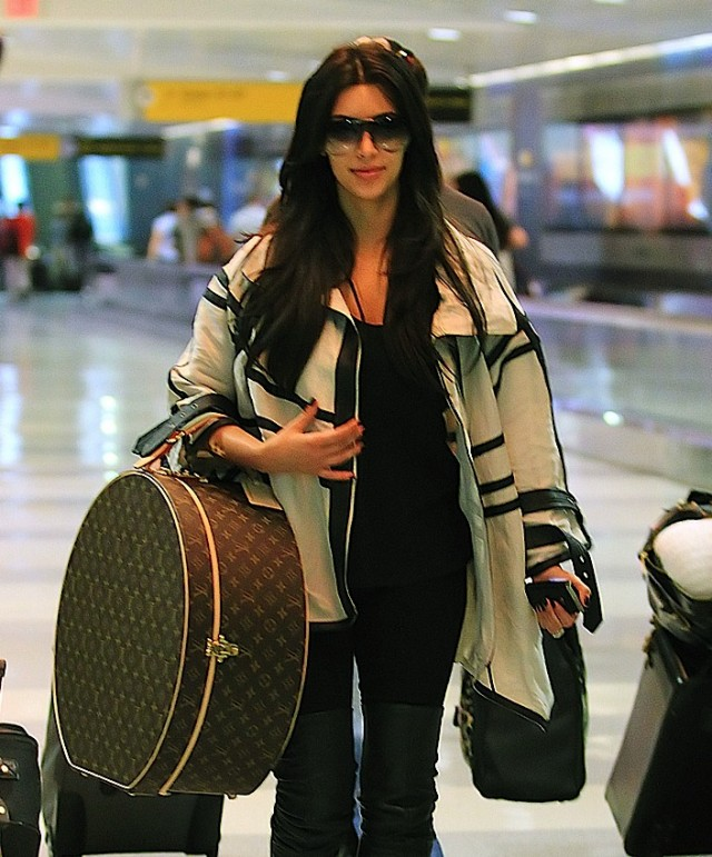 pictures of celebrities with louis vuitton bags