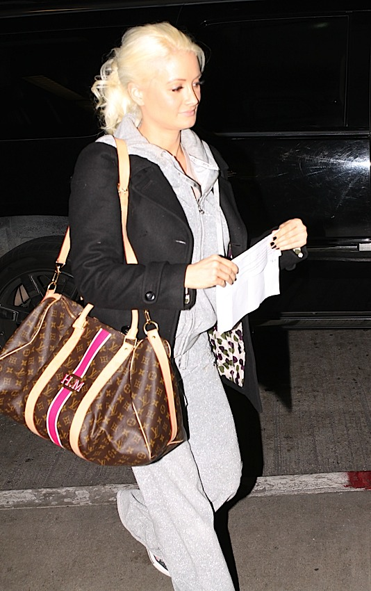 Don t Leave Home Without It  Celebrities and Their Louis Vuitton ... 442200721b7b6