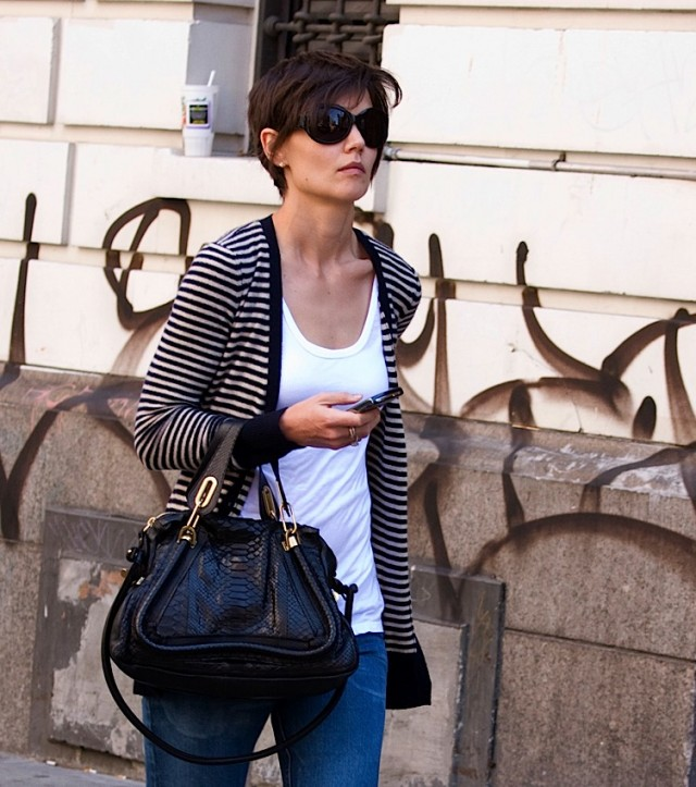 5c34e6caee2 The Many Bags of Katie Holmes - PurseBlog