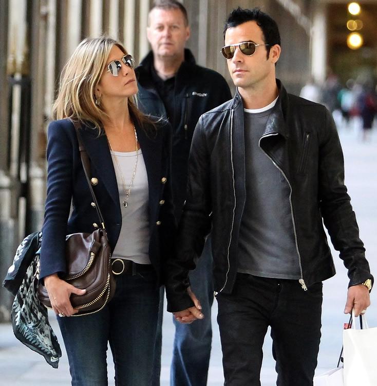 Jennifer Aniston Tom Ford Zip Bag
