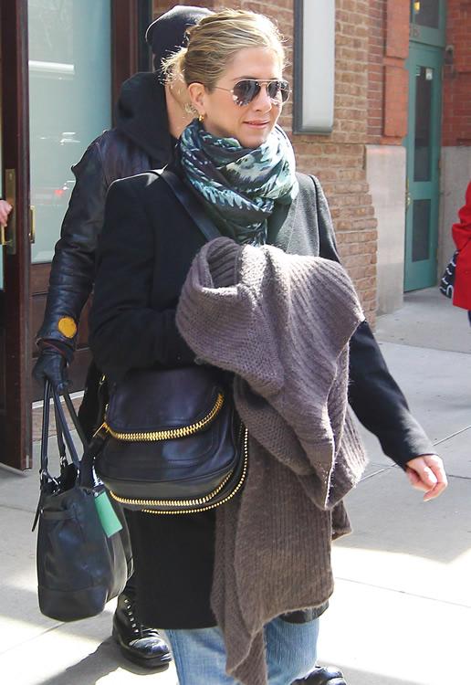The Many Bags of Jennifer Aniston PurseBlog