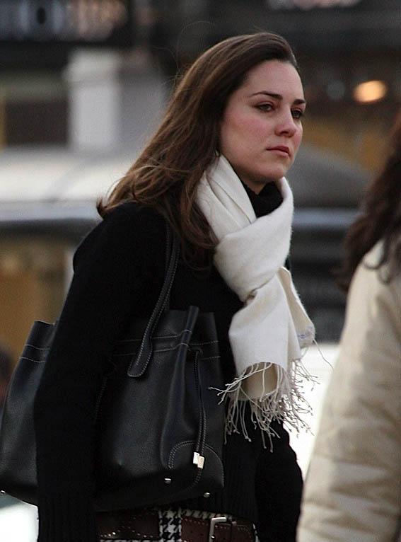 f6877e18e5 The Many Bags of Kate Middleton - PurseBlog