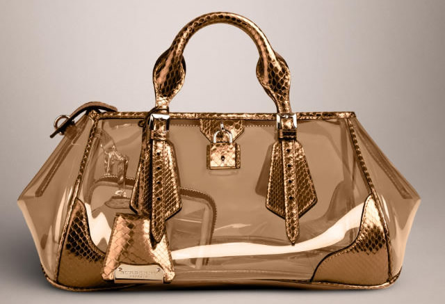 9bd643312a70 The Burberry Spring 2013 show unveils the Blaze Bag - PurseBlog
